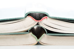 Livres ouverts empilés Photo libre de droits