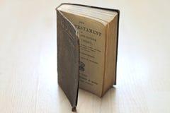 Livres usés poussiéreux Image libre de droits