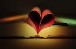 Livro da forma do coração Fotografia de Stock Royalty Free