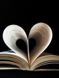 Livro dado forma coração fotos de stock royalty free