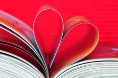 Livro dado forma coração Foto de Stock