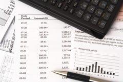 Livro de cheques de equilíbrio Fotografia de Stock Royalty Free