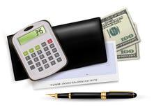 Livro de cheques preto com verificação, calculadora e dólares Fotos de Stock