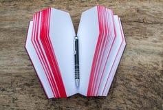 Livro de couro na forma do caixão, com Ankh fotografia de stock royalty free