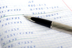 Livro de exercício de escola na matemática Imagem de Stock Royalty Free