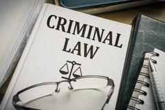 Livro de lei criminal Conceito da legislação e da justiça fotografia de stock royalty free