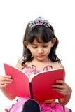 Livro de leitura das crianças Foto de Stock