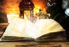 Livro mágico imagens de stock