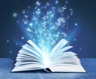 Livro mágico azul imagens de stock royalty free