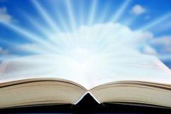 Livro Mystical imagens de stock royalty free