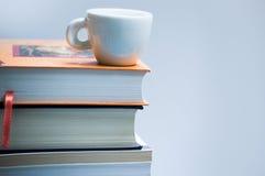 Livros & coffe fotografia de stock royalty free
