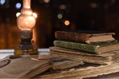 Livros antigos imagens de stock