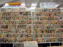 Livros da banda desenhada para a venda em Wondercon imagens de stock royalty free