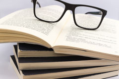 Livros de leitura Imagens de Stock