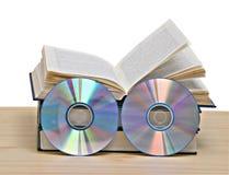 Livros e DVD fotos de stock royalty free