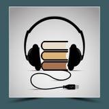 Livros e fones de ouvido - para representar a composição Imagens de Stock Royalty Free