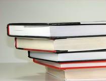 Livros empilhados fotos de stock