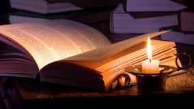 Livros na tabela vídeos de arquivo