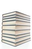 Livros ordenadamente empilhados Foto de Stock Royalty Free