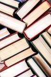 Livros velhos e usados do livro encadernado Imagem de Stock Royalty Free