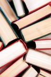 Livros velhos e usados do livro encadernado Fotografia de Stock