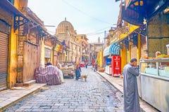 Livsmedelsbutikmarknaden i den gamla Kairo, Egypten arkivfoto