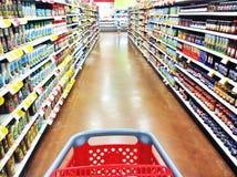 Livsmedelsbutikshoppingtur Fotografering för Bildbyråer