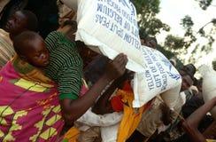 Livsmedelsstöd i Burundi. royaltyfri bild