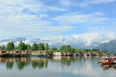 Livsstil i Dal sjön, Srinagar Arkivfoto