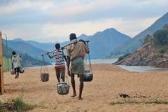 Livstid av lantligt folk near godavarifloden, Indien Royaltyfri Foto
