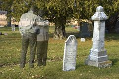 Livstid, förälskelse efter död, sorg, förlust eller Halloween Arkivbilder