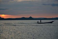 Livstil av den lokala fiskaren i Thailand Royaltyfria Bilder