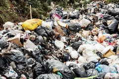 Lixo no abandonado fotografia de stock royalty free