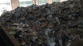 Lixo que espera para ser reciclado (3 de 3) video estoque