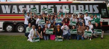 Liz Loomis Campaign 3. Members of the Washington Bus canvas for the Liz Loomis Campaign Stock Photos