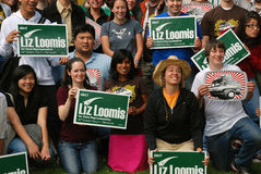 Liz Loomis Campaign. Members of the Washington Bus canvas for the Liz Loomis Campaign Stock Images
