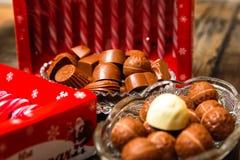 Lizaki i czekoladowi cukierki zdjęcia royalty free