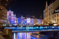 Ljubljana adornada por días de fiesta de los Años Nuevos, panorama Imagenes de archivo