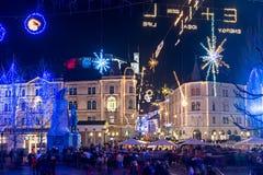 Ljubljana adornada por días de fiesta de los Años Nuevos, panorama Fotos de archivo