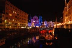 Ljubljana bij Kerstmisvakantie stock foto