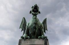 Ljubljana, Slovénie, l'Europe, statue de dragon, Dragon Bridge, Zmajski plus, animaux légendaires Image stock