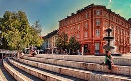 LJUBLJANA SLOVENIA, LIPIEC, - 28, 2017: Stary grodzki bulwar w Lju Obrazy Stock