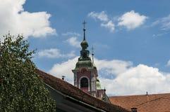Ljubljana Slovenien, Europa, Franciscankyrkan av förklaringen, taket, PreÅ ¡ eren fyrkanten arkivfoto