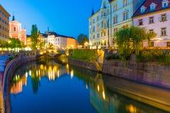 Ljubljana (Slovenien) på natten Royaltyfri Bild