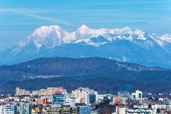 Ljubljana Slovenien: Sikt av Ljubljana cityscape Fotografering för Bildbyråer