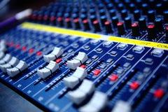 Ljudsignal blandande konsol Royaltyfri Bild