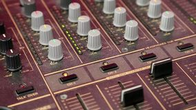 Ljudsignal produktionkonsol lager videofilmer