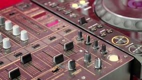 Ljudsignal produktionkonsol, ljud-inspelning studio arkivfilmer