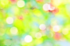 Ljus abstrakt bakgrund av en sommarträdgård Arkivbild