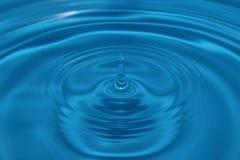 Ljus - blå liten droppe Royaltyfri Bild